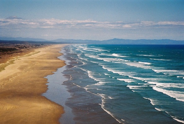 90 Mile Beach, 15 minutes from Pukenui Holiday park